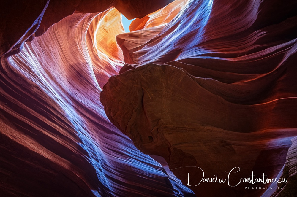 Antelope Canyon   Sculptured Shapes cut into Sandstone