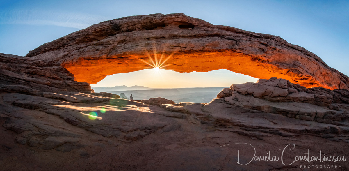 Cannyonlands   Sunburst at Mesa Arch Panorama